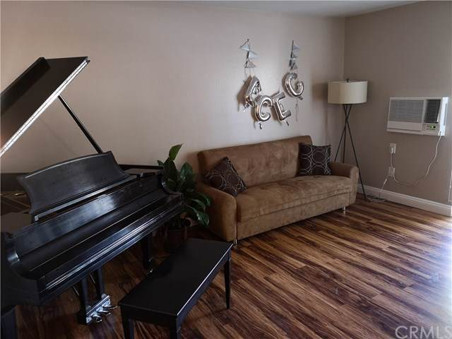 8990 19th Street #265, Rancho Cucamonga, CA 91701 (#TR19195366) :: Pam Spadafore & Associates