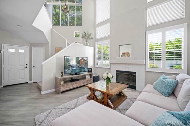 1010 S Country Glen Way, Anaheim Hills, CA 92808 (#OC19192397) :: Z Team OC Real Estate