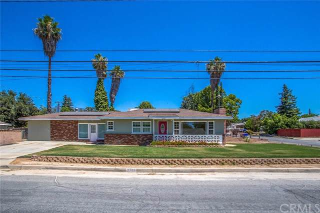 11969 2nd Street, Yucaipa, CA 92399 (#EV19195515) :: California Realty Experts