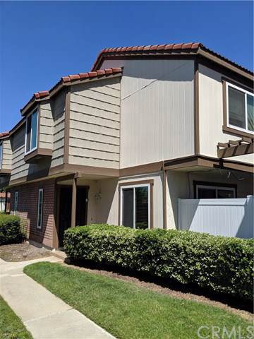 1213 S Palmetto Avenue B, Ontario, CA 91762 (#CV19190789) :: California Realty Experts