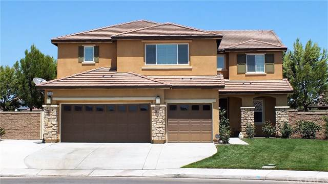 14540 Arctic Fox Avenue, Eastvale, CA 92880 (#TR19195945) :: Fred Sed Group