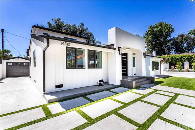 14310 Weddington Street, Sherman Oaks, CA 91401 (#SR19196209) :: California Realty Experts