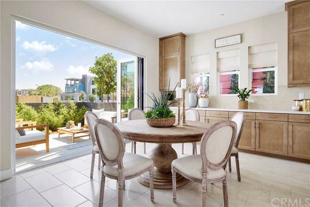 158 Mirth, Irvine, CA 92618 (#OC19196255) :: Allison James Estates and Homes