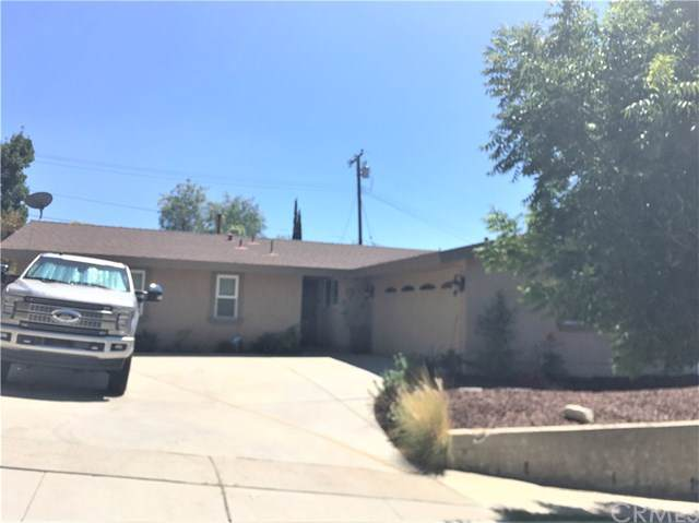 18640 Bainbury Street, Canyon Country, CA 91351 (#PW19195493) :: The Parsons Team