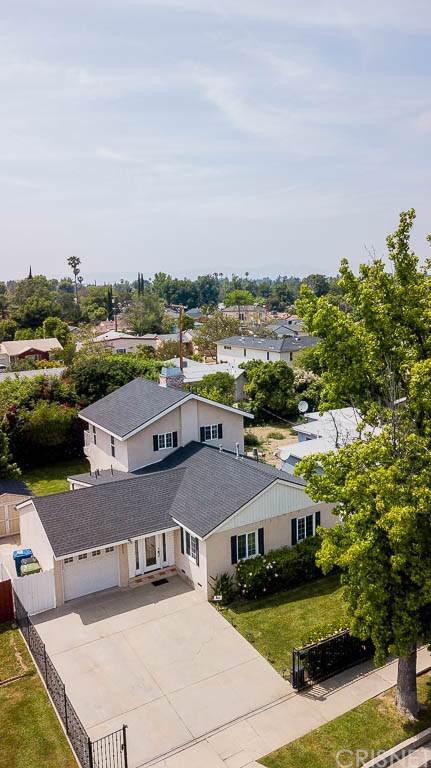 5935 White Oak Avenue, Encino, CA 91316 (#SR19196284) :: A|G Amaya Group Real Estate