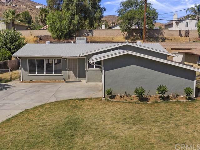 4131 Estrada Drive, Jurupa Valley, CA 92509 (#IV19195263) :: Heller The Home Seller
