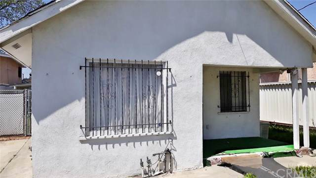 1401 E 59th Street, Los Angeles (City), CA 90001 (#PW19194915) :: Heller The Home Seller