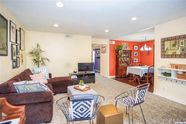 2257 Fair Park Avenue #206, Eagle Rock, CA 90041 (#319003339) :: Allison James Estates and Homes