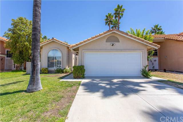 40170 Tanager Circle, Temecula, CA 92591 (#SW19180306) :: The Ashley Cooper Team
