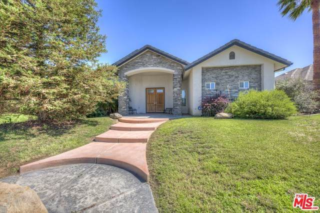 15761 Chateau Montelena, Bakersfield, CA 93314 (#19500938) :: Fred Sed Group