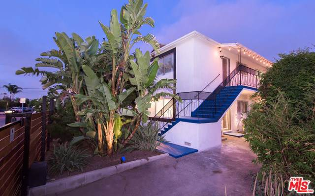 12910 Walsh Avenue, Los Angeles (City), CA 90066 (#19499364) :: Veléz & Associates