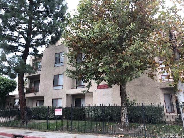 6820 Remmet Avenue #307, Canoga Park, CA 91303 (#SR19196938) :: The Miller Group
