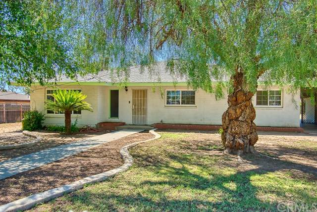 612 Dennison Lane, Bakersfield, CA 93306 (#RS19196276) :: Fred Sed Group