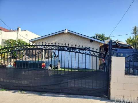 814 W Poplar Street, Compton, CA 90220 (#SW19197131) :: The Parsons Team
