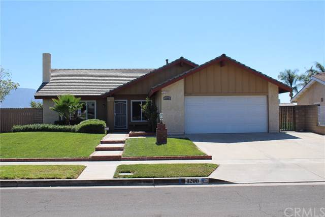 1200 Palos Verde Drive, Corona, CA 92880 (#OC19197230) :: Rogers Realty Group/Berkshire Hathaway HomeServices California Properties