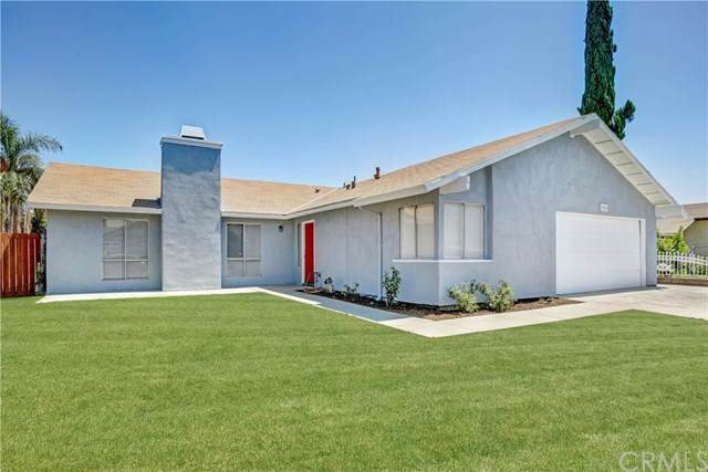 9955 Ironwood Court, Fontana, CA 92335 (#CV19197446) :: The Miller Group