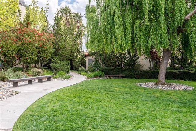 1109 Royal Lane, San Carlos, CA 94070 (#ML81765017) :: Heller The Home Seller