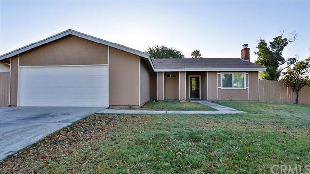 9571 Whitewood Court, Fontana, CA 92335 (#IV19196761) :: Bob Kelly Team