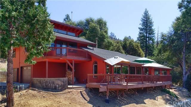 42203 Oak Lane, Oakhurst, CA 93644 (#FR19197470) :: The Laffins Real Estate Team
