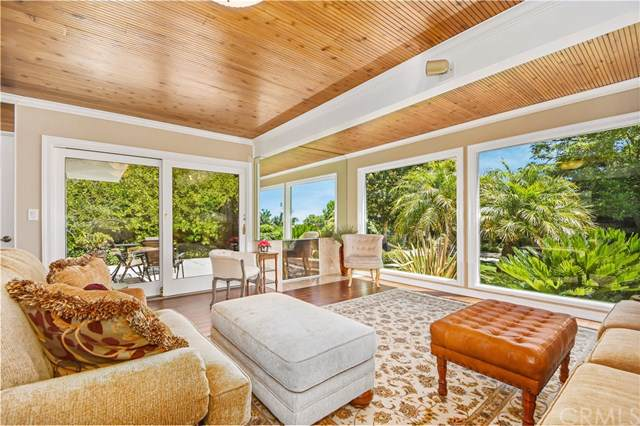 5656 Whitecliff Drive, Rancho Palos Verdes, CA 90275 (#PV19196678) :: The Houston Team | Compass