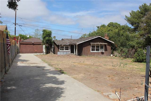 26341 Alta Vista Avenue, Harbor City, CA 90710 (#PV19197541) :: Faye Bashar & Associates