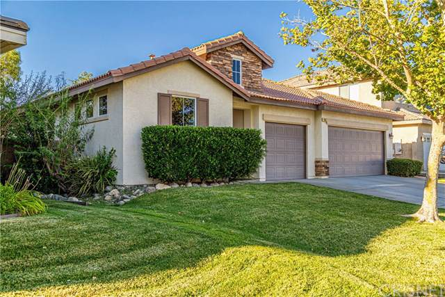 3133 Club Rancho Drive, Palmdale, CA 93551 (#SR19197654) :: The Marelly Group | Compass