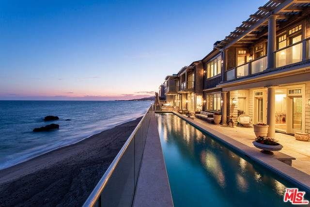 21808 Pacific Coast Highway, Malibu, CA 90265 (#19501188) :: Allison James Estates and Homes