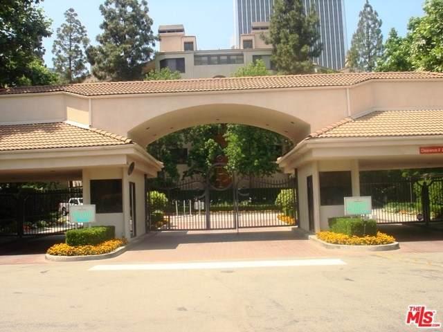 2131 Century Park Lane #307, Los Angeles (City), CA 90067 (#19501240) :: Heller The Home Seller