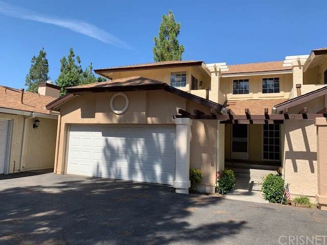 22814 Banyan Place #12, Saugus, CA 91390 (#SR19197863) :: Ardent Real Estate Group, Inc.