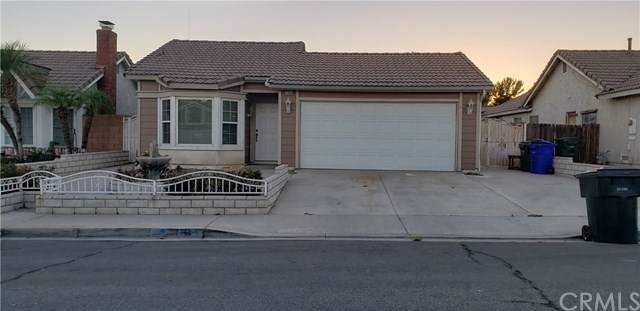 11454 Larchwood Drive, Fontana, CA 92337 (#PW19197925) :: The Miller Group