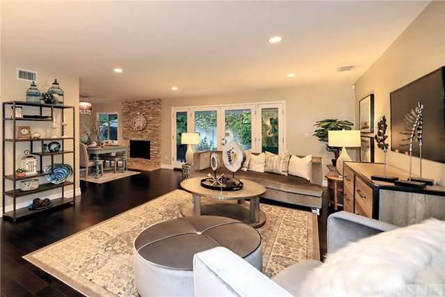5912 Ostrom Avenue, Encino, CA 91316 (#SR19193378) :: Veléz & Associates