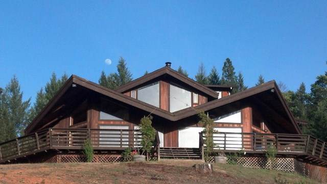46806 Highway 101, Laytonville, CA 95454 (#ML81765111) :: J1 Realty Group
