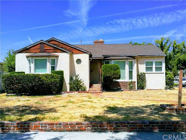 2301 W Clark Avenue, Burbank, CA 91506 (#OC19198165) :: The Brad Korb Real Estate Group