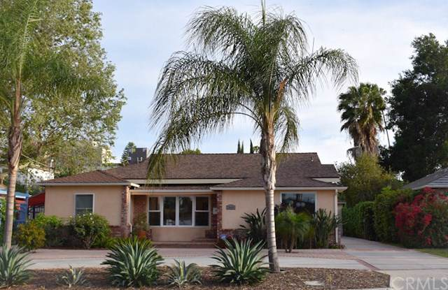 15424 Camarillo Street, Sherman Oaks, CA 91403 (#SB19198278) :: OnQu Realty