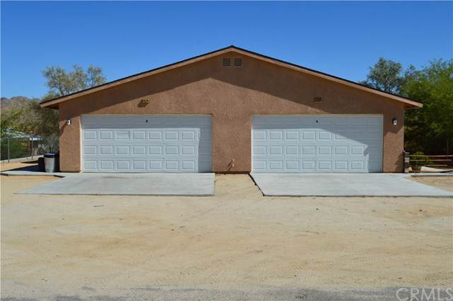 61478 Desert Air Road, Joshua Tree, CA 92252 (#JT19198286) :: Allison James Estates and Homes