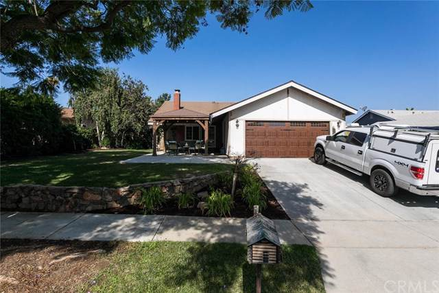 2116 Santa Barbara Street, Corona, CA 92882 (#IG19198297) :: Steele Canyon Realty