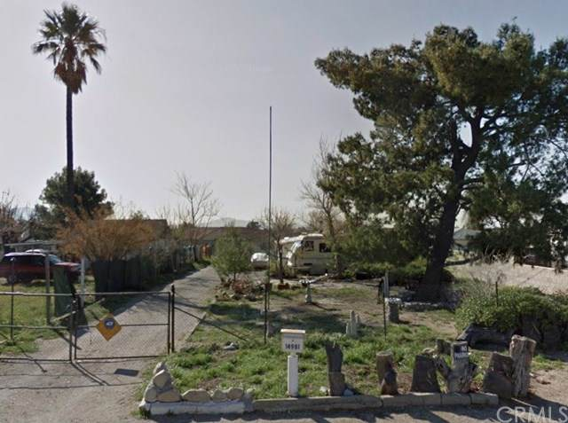 14981 Yucca Avenue, Fontana, CA 92335 (#IV19196423) :: The Miller Group