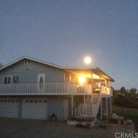 171 La Cresta Heights Road, El Cajon, CA 92021 (#NP19193068) :: Steele Canyon Realty