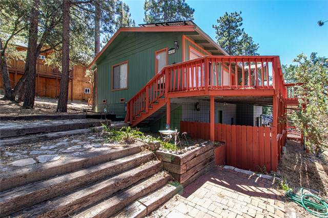 54383 Valley View Drive, Idyllwild, CA 92549 (#SW19198605) :: Rogers Realty Group/Berkshire Hathaway HomeServices California Properties