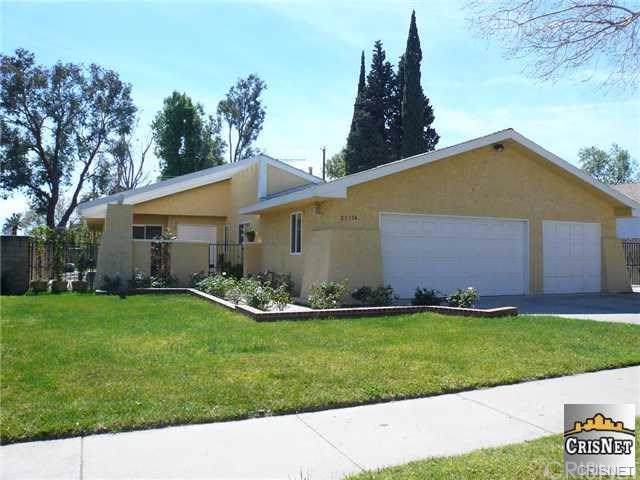 21114 Lemarsh Street, Chatsworth, CA 91311 (#SR19198617) :: Blake Cory Home Selling Team