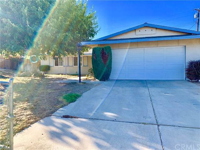 15700 Fresno Court, Victorville, CA 92395 (#IV19198890) :: The Costantino Group | Cal American Homes and Realty
