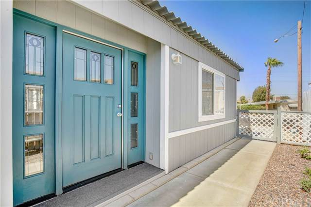 33681 Westchester Drive, Thousand Palms, CA 92276 (#SW19196173) :: Blake Cory Home Selling Team