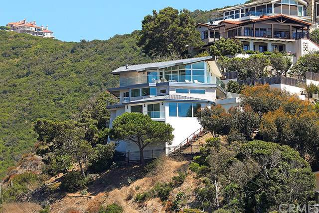 31105 Holly Drive, Laguna Beach, CA 92651 (#LG19197970) :: Z Team OC Real Estate