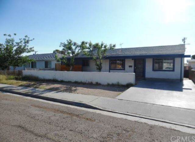 238 S Desert Candles Street, Ridgecrest, CA 93555 (#MD19198979) :: Rogers Realty Group/Berkshire Hathaway HomeServices California Properties