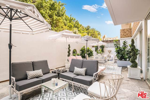 8787 Shoreham Drive #101, West Hollywood, CA 90069 (#19501812) :: Rogers Realty Group/Berkshire Hathaway HomeServices California Properties