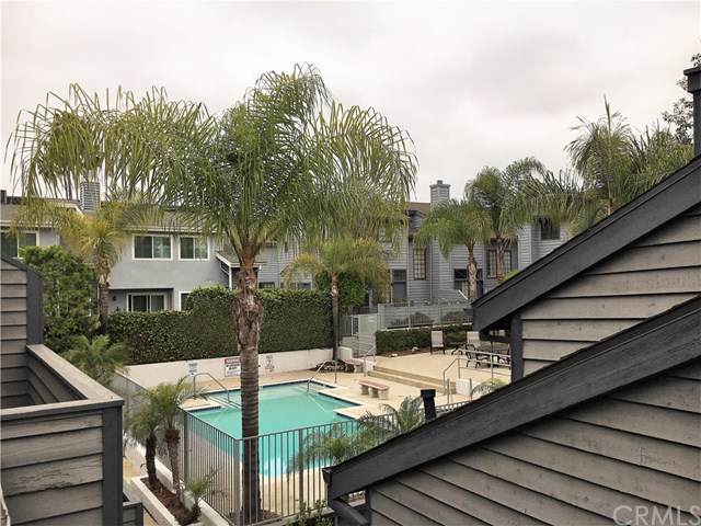 279 E Glenarm Street #15, Pasadena, CA 91106 (#CV19199274) :: The Brad Korb Real Estate Group