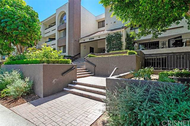 21650 Burbank Boulevard #219, Woodland Hills, CA 91367 (#SR19198560) :: Rogers Realty Group/Berkshire Hathaway HomeServices California Properties