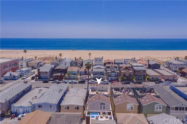 210 E Balboa Boulevard, Newport Beach, CA 92661 (#NP19199449) :: A|G Amaya Group Real Estate