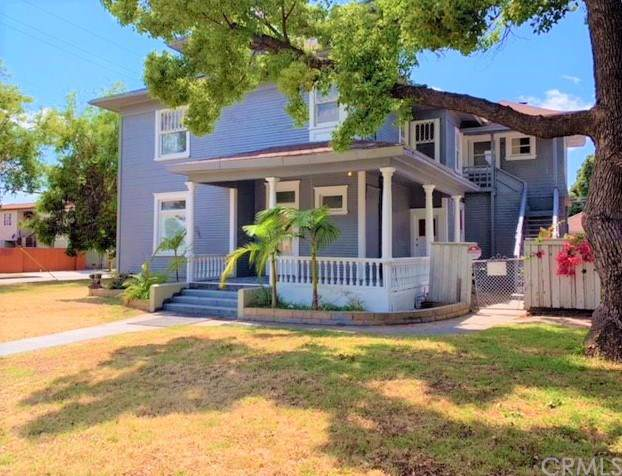 725 N Gordon Street, Pomona, CA 91768 (#OC19199504) :: Cal American Realty