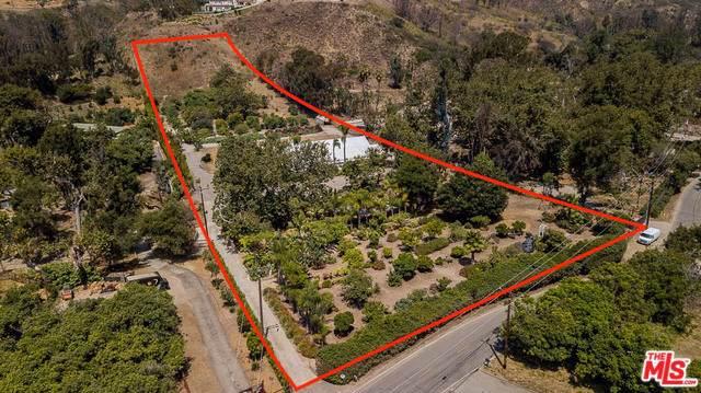 5949 Bonsall Drive, Malibu, CA 90265 (#19501338) :: Millman Team